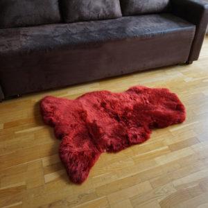 Červená ovčia kožušina - Single 2