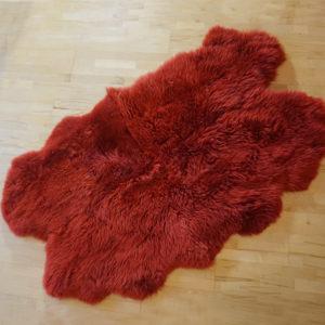 Červené ovčie kožušiny - Quattro