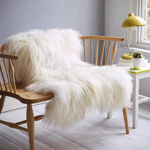 Islandská biela ovčia kožušina
